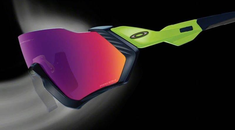The Oakley Flight Jacket Sunglasses Menjanjikan Roda Tanpa Kabut